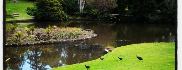 Royal Botanic Gardens is one of friends & places.