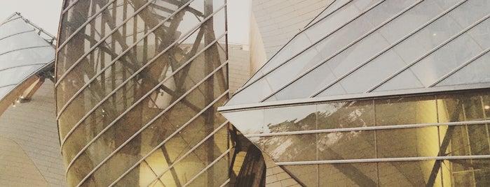 Fondation Louis Vuitton is one of Tempat yang Disukai Stefanie.