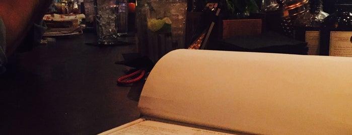 Yardbird Southern Table & Bar is one of Tempat yang Disukai Stefanie.