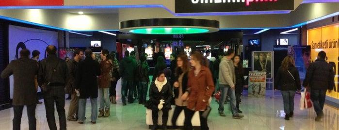 Cinema Pink is one of Orte, die Özgür gefallen.
