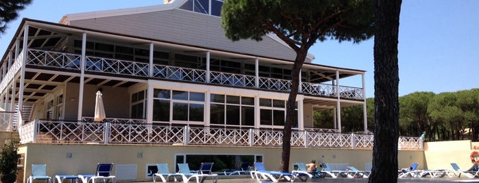 AC Hotel Nuevo Portil Golf by Marriott is one of Hostelling.