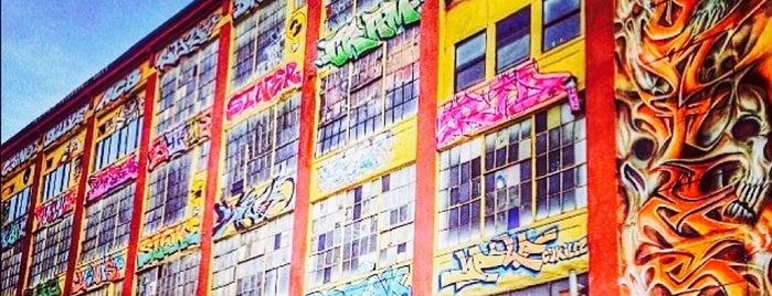 5 Points Aerosol Art Center is one of brooklyn <3.