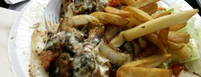 Boston Shawarma is one of Lugares favoritos de Richard.