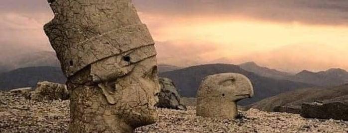Nemrut Dağı Ziyaretçi Karşılama Merkezi is one of Neslihan'ın Beğendiği Mekanlar.