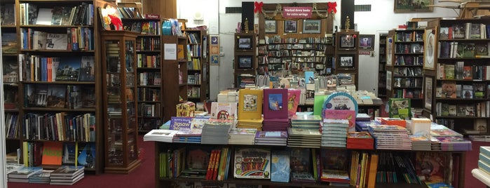 Village Book Shop is one of CBus.