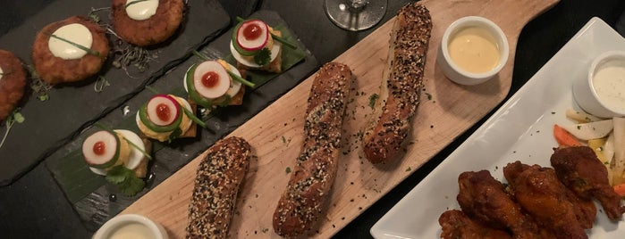 Dutch Fred's is one of Locais salvos de Brian.