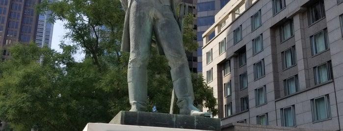 General Thadeusz Kosciuszko Statue is one of Locais curtidos por Anthony.