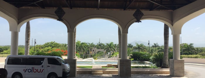 Dreams Punta Cana Resort and Spa is one of Serch : понравившиеся места.
