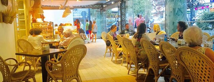 La Canasta - Cafetería Marbella is one of Marbella.