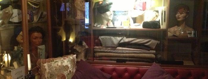 Muriel's Café Bar is one of Belfast.
