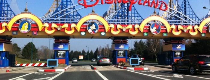 Parking de Disneyland Paris is one of Parijs.