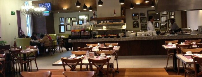 Restaurante Liverpool is one of Pizzas Que He Comido.