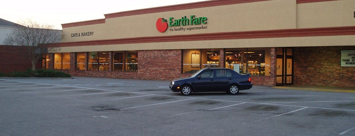 Earth Fare is one of Lugares favoritos de John.
