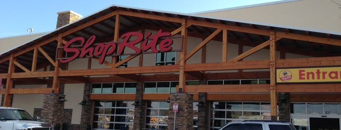 ShopRite of Brodheadsville is one of Lugares favoritos de Karen.