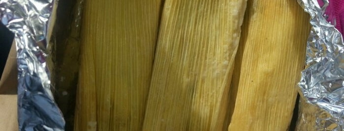 Tamales by La Casita is one of Gespeicherte Orte von Steve.