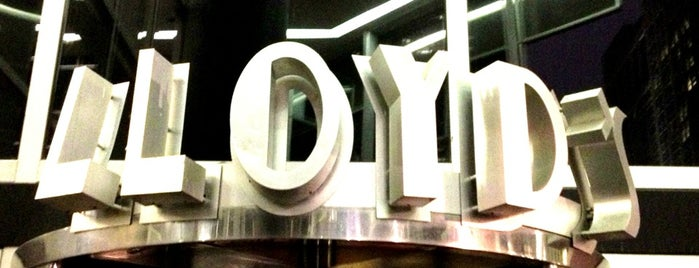 Lloyd's Chicago is one of Orte, die Rick gefallen.