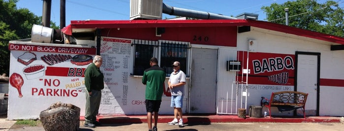 Meshack's Bar-be-que Shack is one of Dallas 'Que.
