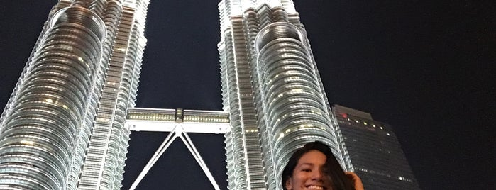 PETRONAS Twin Towers is one of Julia'nın Beğendiği Mekanlar.