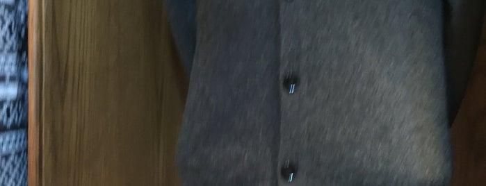 Gladrags Wizardwear is one of Lugares favoritos de Ryan.