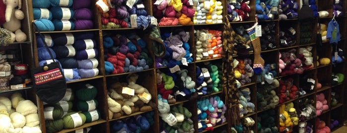 Purlescence Yarns is one of Tempat yang Disukai Ray.