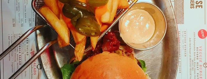 Grindhouse Burgers is one of Orte, die Mosab gefallen.