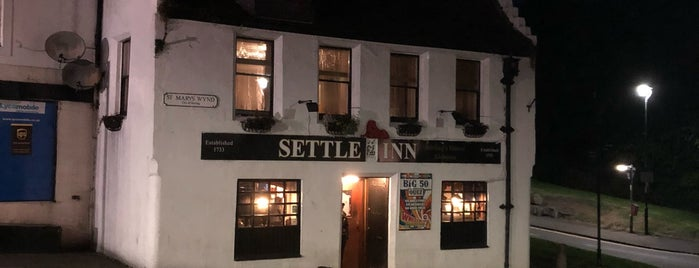 Settle Inn is one of Lieux qui ont plu à Carl.
