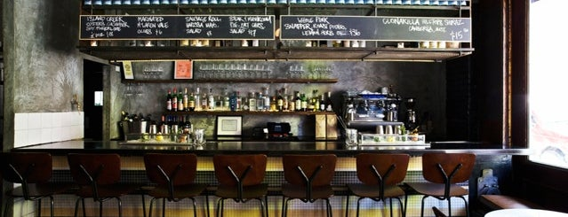 Flinders Lane is one of Drinks in New York.