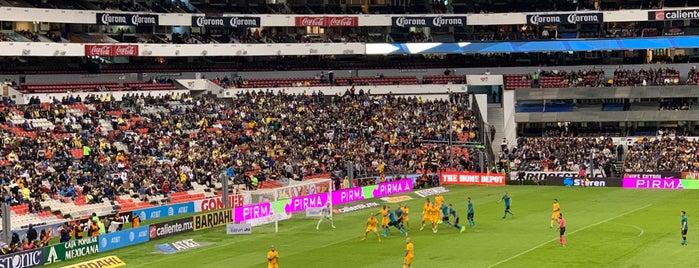Zona Palcos Estadio Azteca is one of Tempat yang Disukai Stephania.