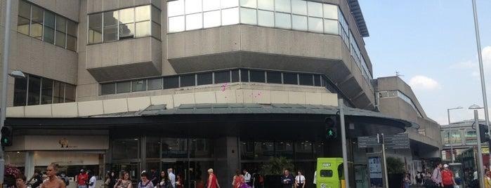 intu Victoria Centre is one of Locais curtidos por Leonard.