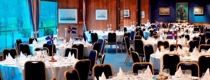 Royal Thames Yacht Club is one of Very Good Service : понравившиеся места.