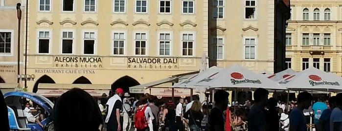 Salvador Dalí Exhibition is one of Locais curtidos por Veronica.