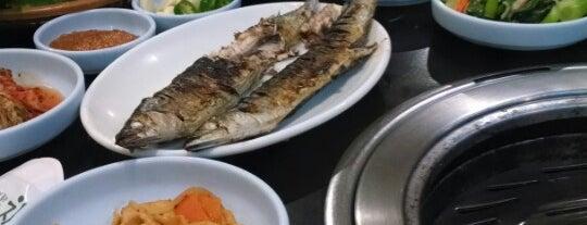 Seorabol Korean Restaurant is one of Posti che sono piaciuti a Chris.