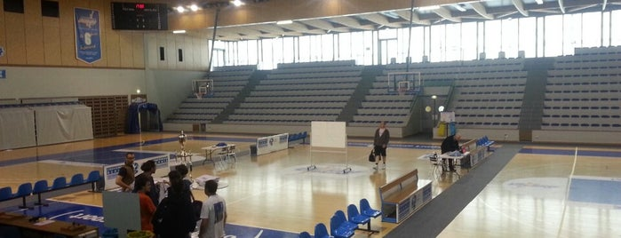 Salle Omnisport is one of Lugares favoritos de Zineb.