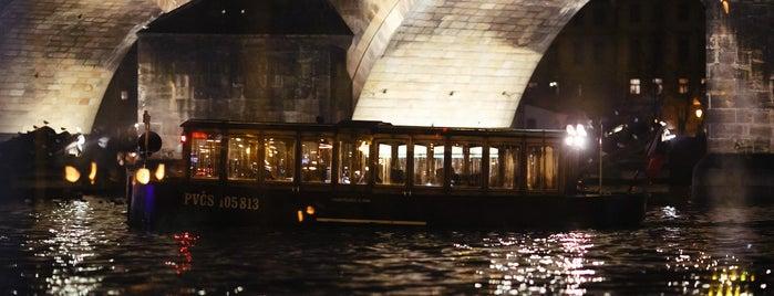 Prague Venice Boat Trips - Pražské Benátky is one of Praha <3.