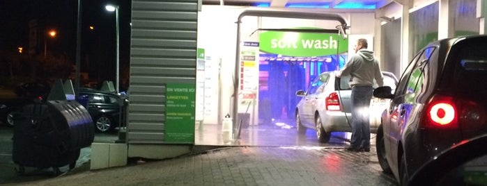 Car-Wash Waterloo is one of Orte, die Jean-François gefallen.