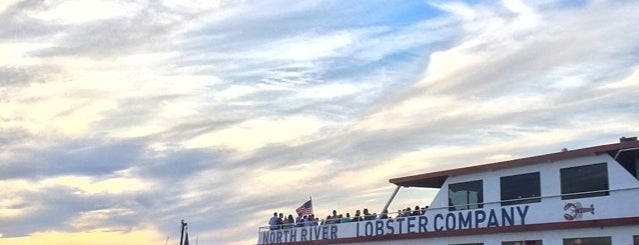 North River Lobster Company is one of nyc - outdoor wine/dine.