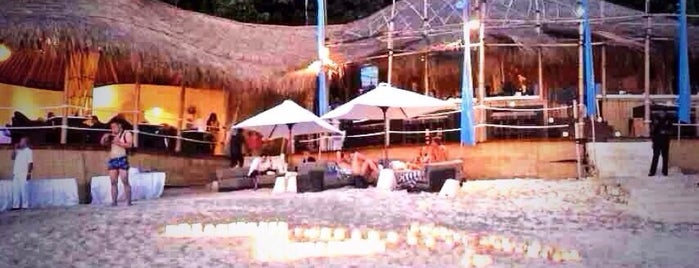 Nammos Beach Club is one of azja.