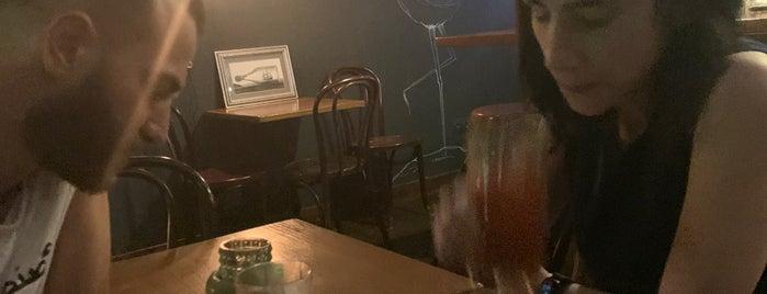Black Tot Bar is one of Tempat yang Disimpan Andrew.