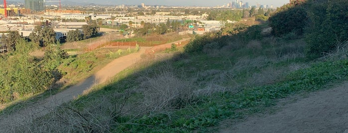 Culver City Stairs is one of Yenny : понравившиеся места.
