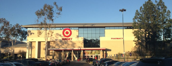 Target is one of Lieux qui ont plu à Yesid.