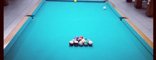 Freitas Snooker bar is one of Tempat yang Disimpan Fabio.