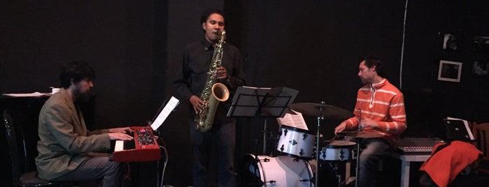 The Jazz Place is one of Orte, die Angeles gefallen.