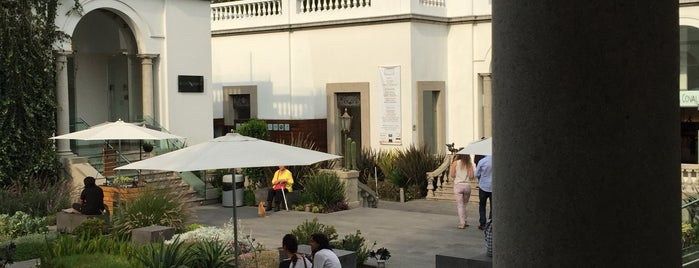 Café de las Artes is one of Irlysさんのお気に入りスポット.