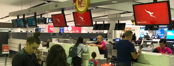 Qantas Check In T1 is one of Dave 님이 좋아한 장소.