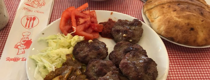Hasipağa Köfteleri is one of İZMİR EATING AND DRINKING GUIDE-2.