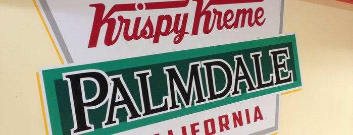 Krispy Kreme Doughnuts is one of Lugares favoritos de Rachel.