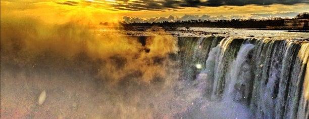 Niagarafälle (Kanada) is one of nf.