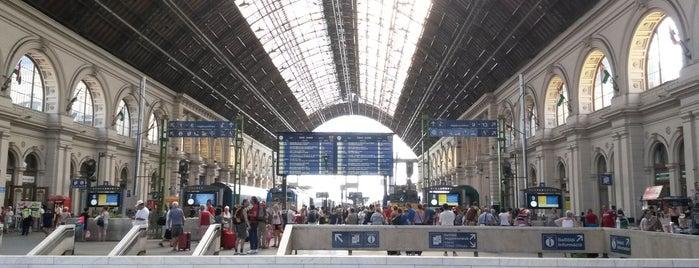 Keleti pályaudvar is one of Locais curtidos por Bruno.