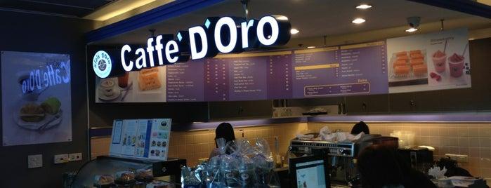Caffé D'Oro is one of Locais curtidos por Yodpha.