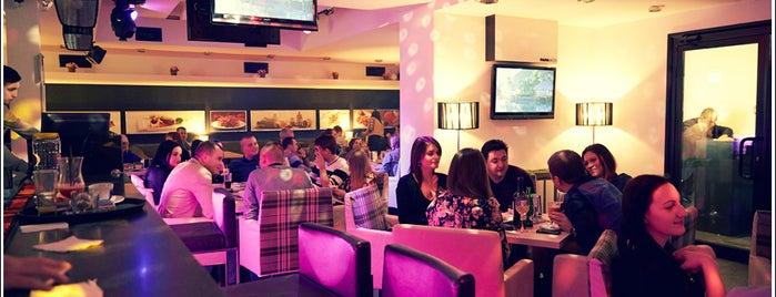 Paparazzi Café & Karaoke is one of Carina : понравившиеся места.